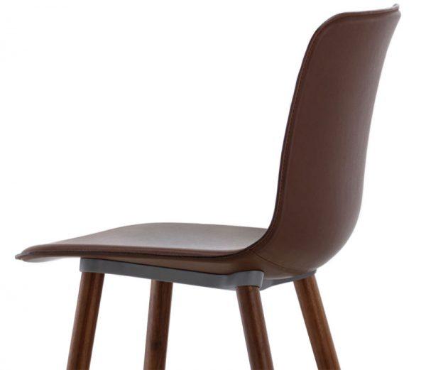 Vitra HAL Leather Wood stoel