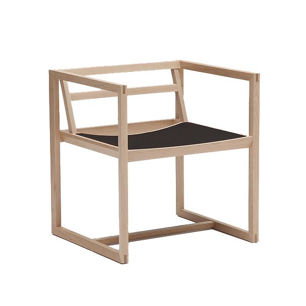Karimoku New Standard Ren stoel