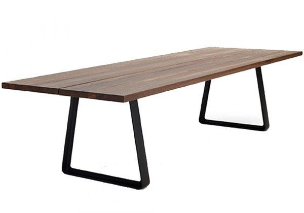 Arco Cast tafel